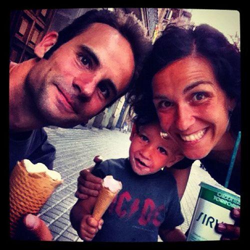 A l'#estiu : #sirvent de #parlament #gelats #orxata Estiu Parlament Sirvent Gelats Orxata