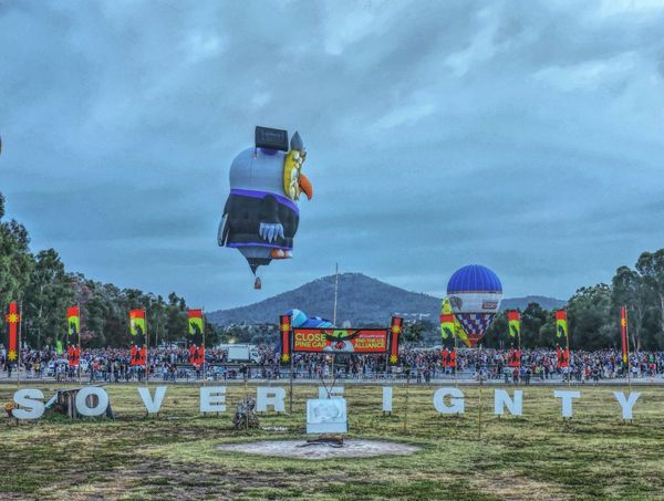 Here Belongs To Me Eye4photography  EyeEm Best Shots EyeEm Gallery Australia Showcase March EyeEm Masterclass Taking Pictures Hills, Mountains, Sky, Clouds, Sun, River, Limpid, Blue, Earth Balloon Festival Enlighten2016 Balloons🎈 Sovereignty Sovereign Freedom View