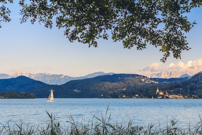 Lakescape - Wörthersee - Kärnten - Carinthia Karawanken Klagenfurt Am Wörthersee Maria Wörth Pörtschach Am Wörthersee Travel Wörthersee ❤ Beauty In Nature Blue Carinthia Carinthian Lakes Day Kärnten Lake View Lakescape Lakeside Mountains Nature No People Outdoors Sky Tourism Tourist Destination Travel Destinations Water Wörthersee
