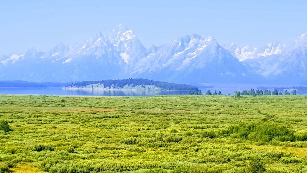 Yellow stone and grand teton national parc Scenics Landscape