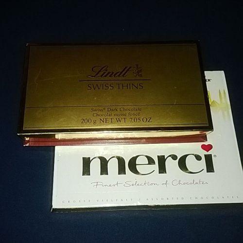 Sesi mengabiskan chocolate yawnn... Nofillter Swisschoco Germanychoco