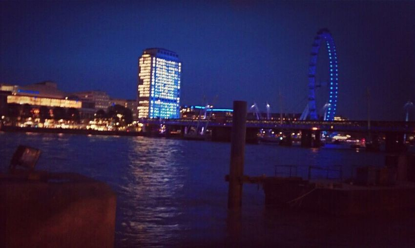 LONDON❤ London Eye London By Night With Classmates Enjoying Life Travel LastDay Miss It Good Old Times Wish I Were There