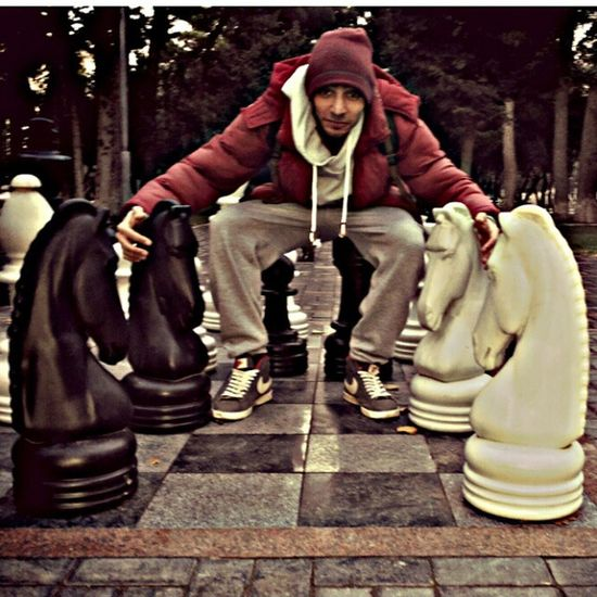 MeSumqayit Huge Chess DirtyMoney bla