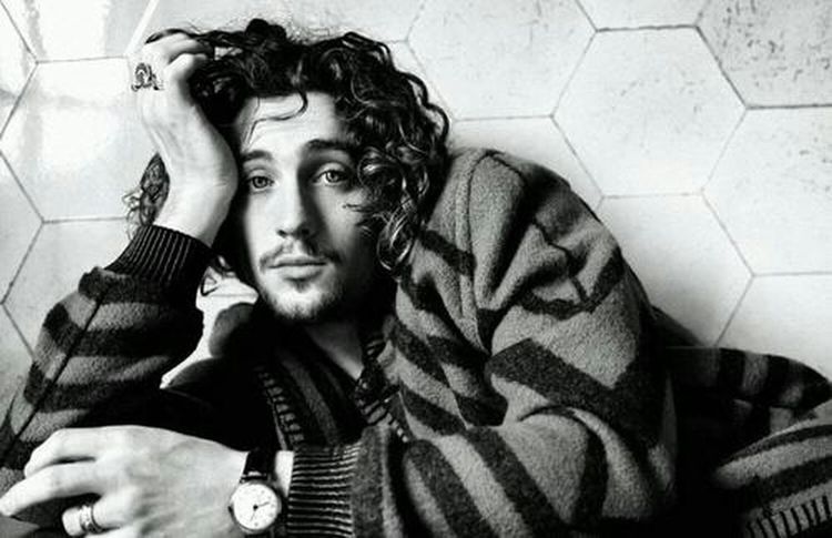 perf. <3 #AaronJohnson