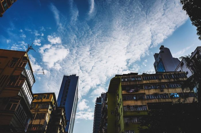 clouds Oneday Building Exterior Architecture Built Structure Sky Low Angle View Cloud - Sky Outdoors City No People Day Cityscape City Life Cityscape Discoverhongkong EyeEmNewHere Capture The Moment Fine Art Photography