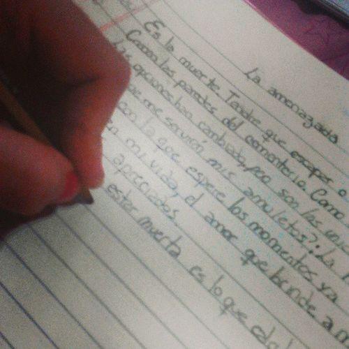 LaAmenazada . Poesia Mia Lengua . :)