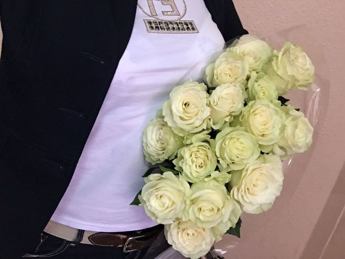 белые цветы розы москва доброе утро