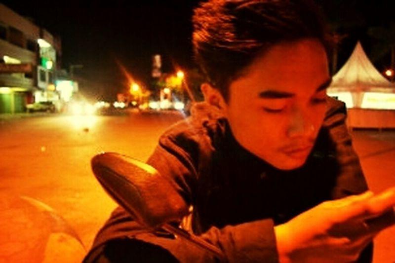 Hey Guys :) Nightphotography malamnya kota baubau