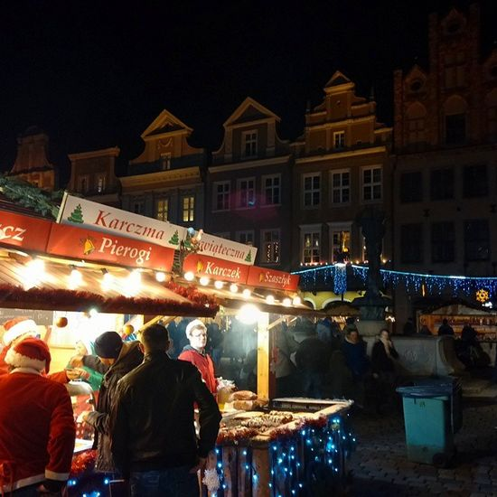 Christmas in Poznan! Oldmarket Oldtown Architecture Christmastree urban street City igerspoznan Poznan Poland