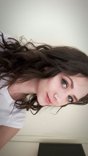 Me Girl Brunette Curly Hair Polishgirl Tb Looking At Camera Portrait 3monthago