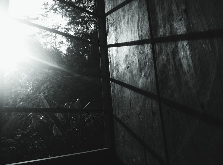 Time Pass Click Taking Photos Meizum2 Black & White Window Sunlight And Shadow