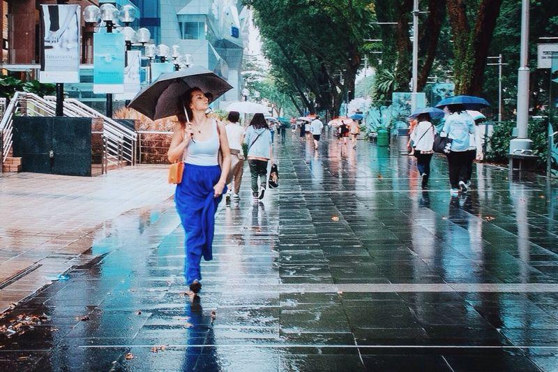 Walk This Way Streetphotography Rain Umbrella Wirokesuma Fujifilm Colour