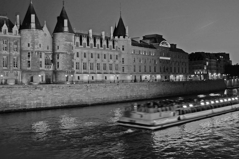 Barge on the River Seine at night Boat On The River Paris Architecture Paris Barge Paris Boat Paris By Night Seine Boat Seine River Seine River Banks