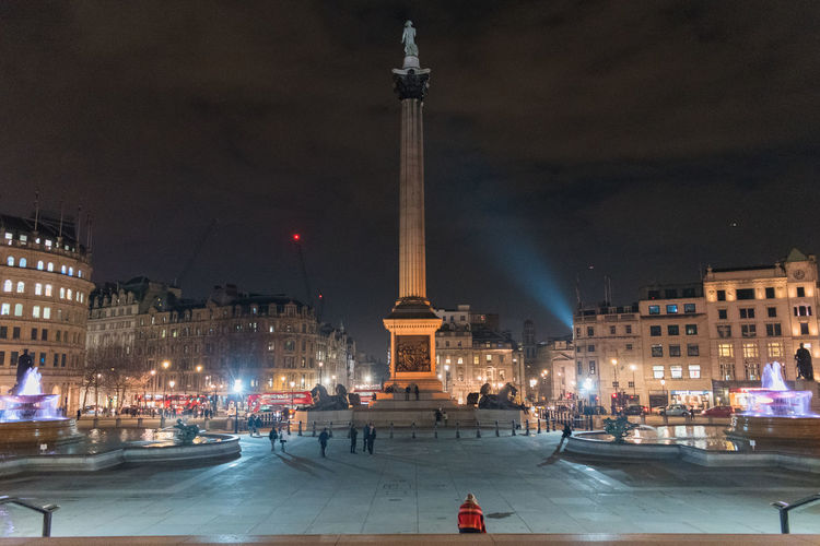 night time walk Architecture London Nelson's Column Quiet Moments Built Structure London By Night Trafalgar Square Winter Nights