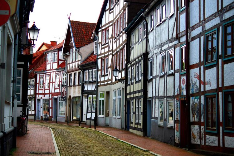 Old city in Hameln Altstadt 旧市街 海外旅行 Travel Destinations Travel Trip Europe Trip Europe ヨーロッパ ハーメルン ドイツ Fairytale  Märchen Fantasy Deutschland Germany Holzbau Straße Oldcity Architecture Built Structure Building Exterior Building Day No People Adventures In The City City Street Direction