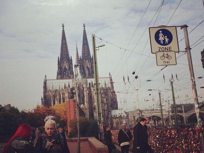 Köln BridgeLovers GERMANY🇩🇪DEUTSCHERLAND@ Architecture Women