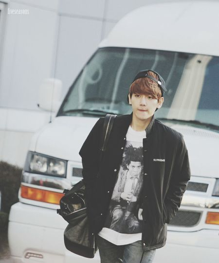EXO Baekhyun Street Fashion Black And White