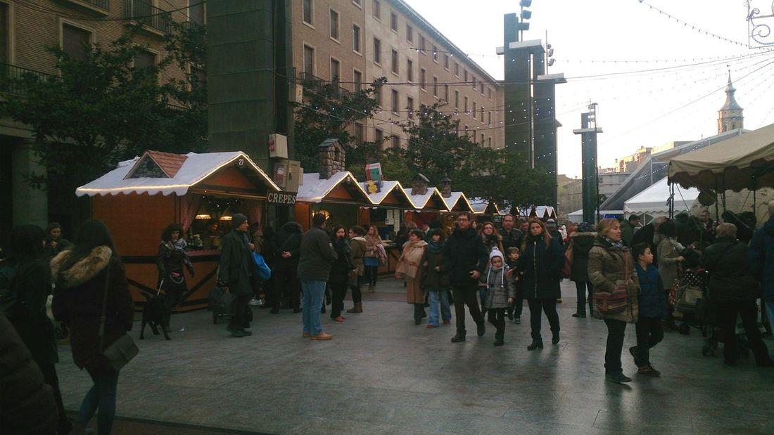 Las Casetas Navideñas en la Plaza Del Pilar