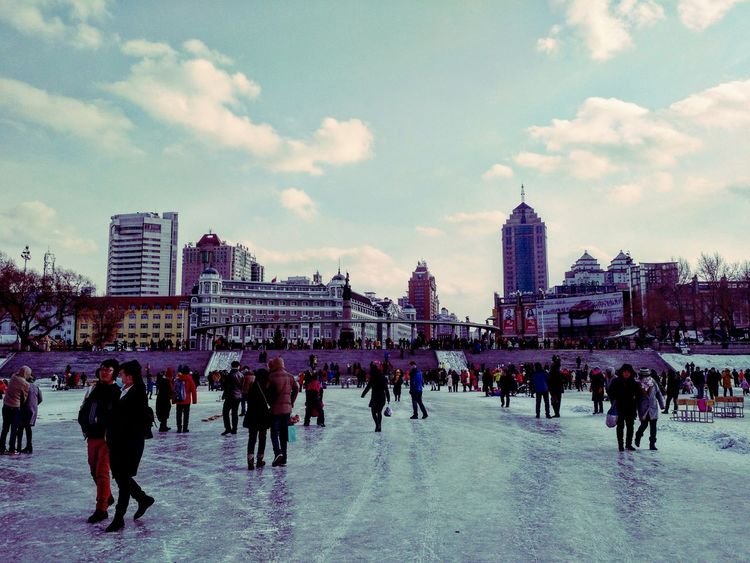 中国 哈尔滨 松花江 Frozenriver Winter China Harbin 冰 冬 Human 中国人 Chinese