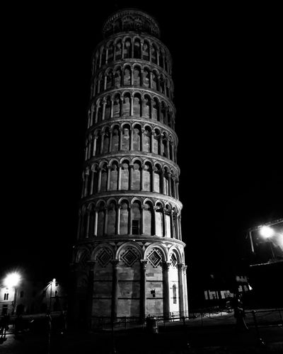 The tower offline Pisa. Italy View Tuscany Blackandwhite B&w Streetphotography Black And White darkness and light Old Point Of View Photography Photographer Photo Oldtown Artistic Photo Tower Shadows & Lights City Illuminated Architecture Building Exterior Built Structure Travel Sculpture Historic History Historic Building