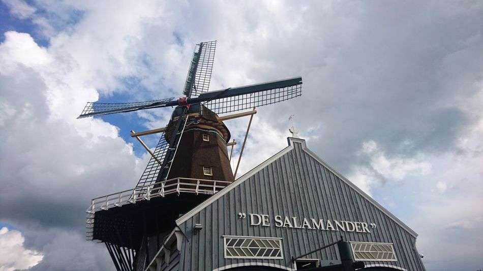 Saw mill De Salamander, a national monument Wind Power Alternative Energy Wind Turbine Business Finance And Industry Agriculture Windmill Day Traditional Windmill Technology Outdoors Sky No People Historic Historical Building Monument Heritage Heritage Building Industrial Sawmill The Week On EyeEm Zuid Holland Europe The Way Forward