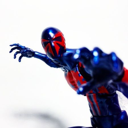 Spiderman Spiderverse Miguelohara Spiderman2099 Toys Toyphotography Toypizza Toysarehellasick Toycollector Toycommunity Toycollection Marveluniverse Comics Marvelcomics Marvelnation MarvelFan Marvel Marvellegends