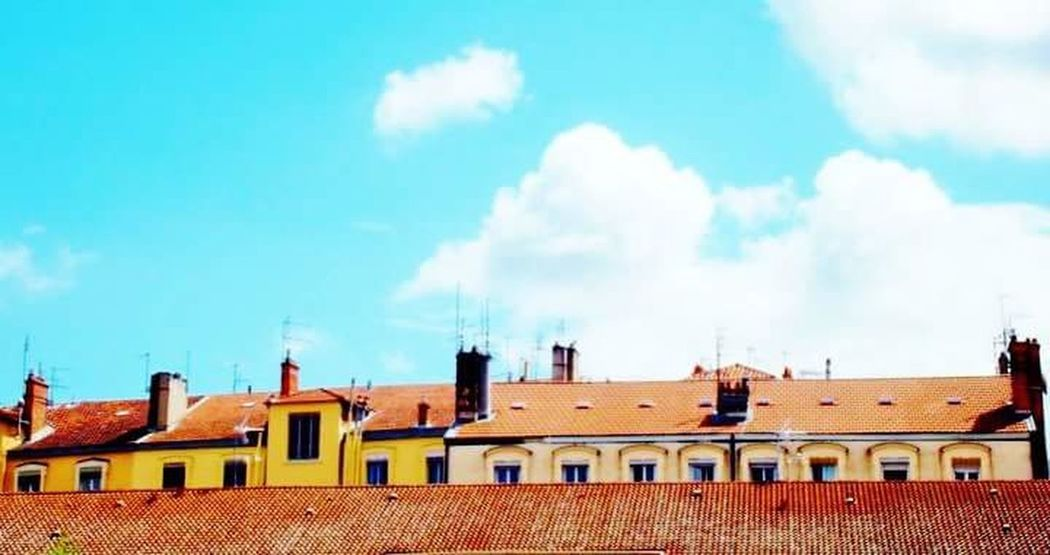 Blue Sky Bluesky Springtime Lyon France Lyon Lyon Vaise Taking Photos Hanging Out Check This Out Architecture Rooftops Roofs