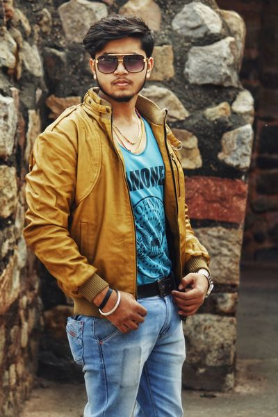 Rahul - Abshine photography Rahul Abshine Abshine_photography Canon Canon1200d Canonphotography Delhi Photography Photographyoftheday Picoftheday Sunglasses Fashion One Man Only Casual Clothing One Young Man Only Only Men Jeans Standing Handsome Cool Attitude Men Jacket