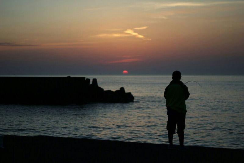 プチ家出Part③(笑) Sea Enjoying The Sunset Taking Photos Enjoying Life EyeEm Japan Fishing 釣人