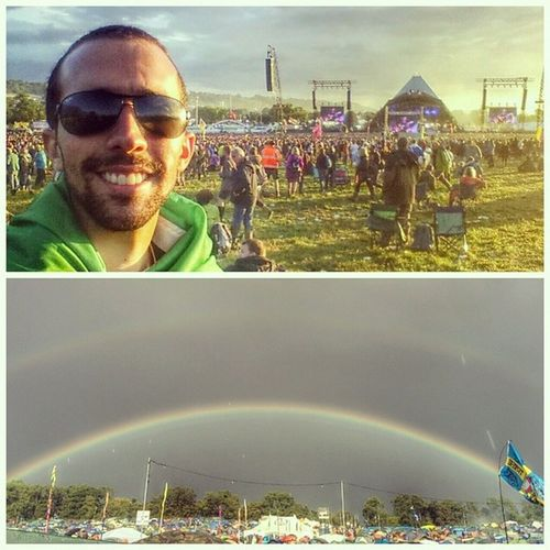 Sun, rain, rainbow, mud, music. Young people, old people, happy people, awesome people! The best time of my life!!! I'll be back, and if not I'll tell my children and grandchildren that I've been here once! Love you, Glastonbury! CopaehmodaGlastonburyehfoda Queroglastonburytodoano Glastallica Trulyepic Glastonbury