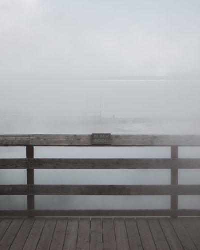 Railing Sea