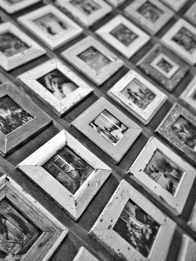 A photo can tell a million words and a collection can never stop speaking... Frame Frame It! Photos Pattern Backgrounds Full Frame Collection Collection Photo Serie Infinte Continuous Beautifully Organized