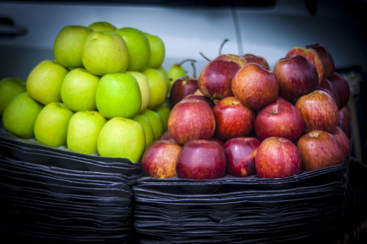 apples in the market Apples Fruit farming Marketplace Health Good Fruit No People Plant Nature Enjoyment Many Fruits