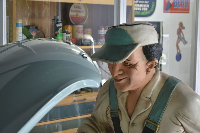 50erJahre Adult Automobilmuseum Amerang Close-up Day Headshot Indoors  One Person People Real People