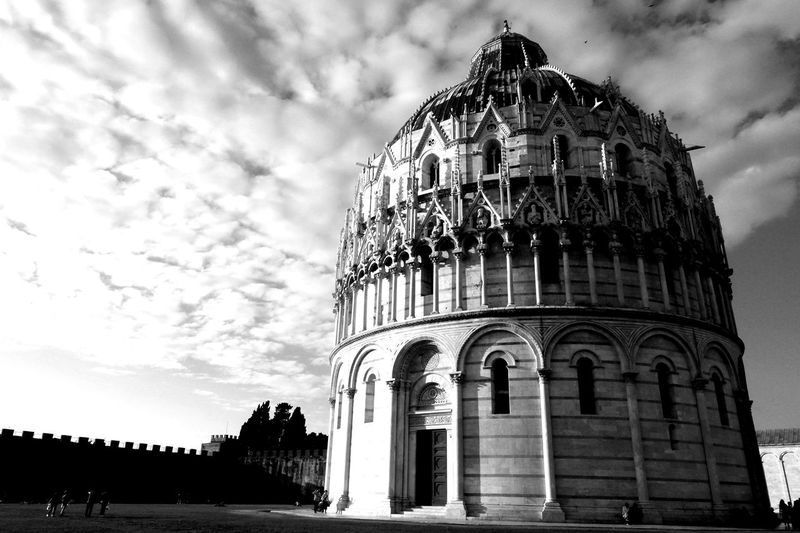 Architecture Cloud - Sky Built Structure Travel Destinations History No People Pisa Italy Italia Europe Blackandwhite Black And White Black & White BeW B&w The Great Outdoors - 2017 EyeEm Awards Connected By Travel