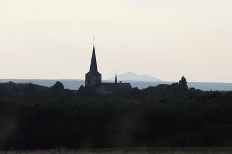 Church Church Of Berg En Terblijt Taking Photos Landscape The Week Of Eyeem Beauty In Nature Terblijt South Limburg On My Way Home Taking Pictures Fresh On Eyeem  Canon EOS 1300D Nature On The Way Sunset Evening Sky Fieldscape Taking Photos