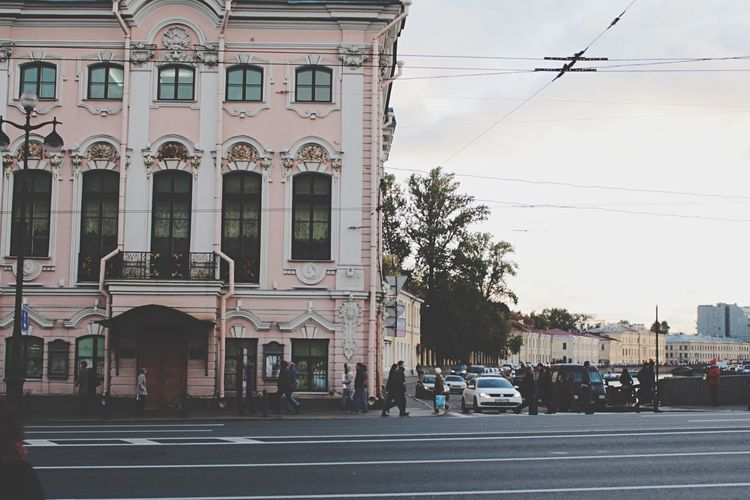 House In Rosé Street Metro Electricity  People River Russia Lovelovelove