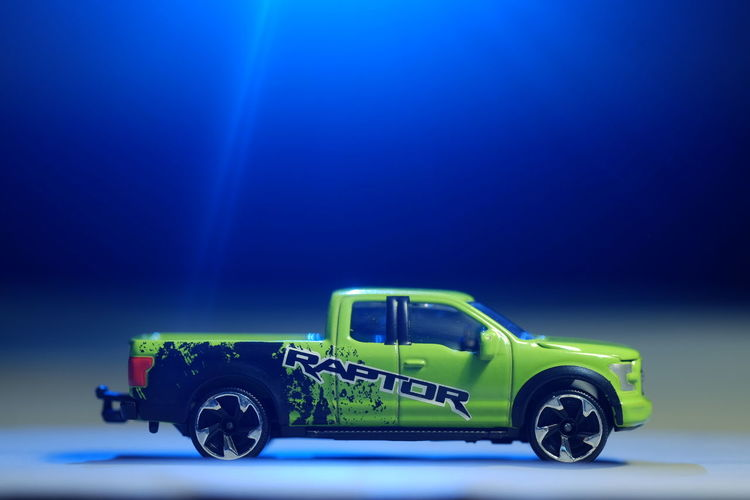 Diecast Toy Cars Model Car Fujifilm_xseries Toy Car Collection Diecastphotography Product Photography Light Blue And Green Ford Ranger Raptor Light Source MAJORETTE Police Force Car Land Vehicle 4x4 Sports Utility Vehicle Stationary Vehicle Off-road Vehicle Collector's Car Parking