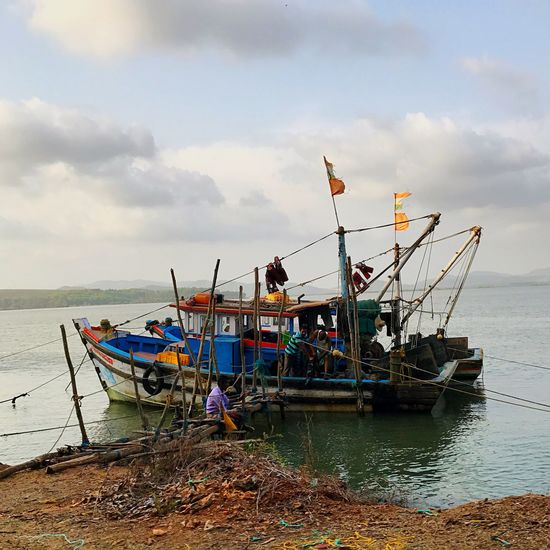 Fishermen Indian Indiapictures Indian Style Indianstories Indian Culture  Blue Gokarna India Fishing Town Fishers Fisherman Boat Fishermen Water Transportation Sky Sea Nautical Vessel Cloud - Sky Mode Of Transportation Beach Nature Land Moored Day Fishing Industry Fishing Fishing Boat Outdoors