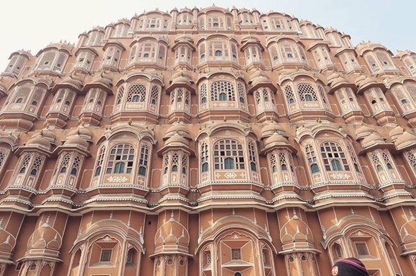 Jaipur's most distinctive landmark.. Palace of the winds! Constructed in 1799 by Maharaja Sawai Pratap Singh. Rachatravelsindia Jaipur Rajastan