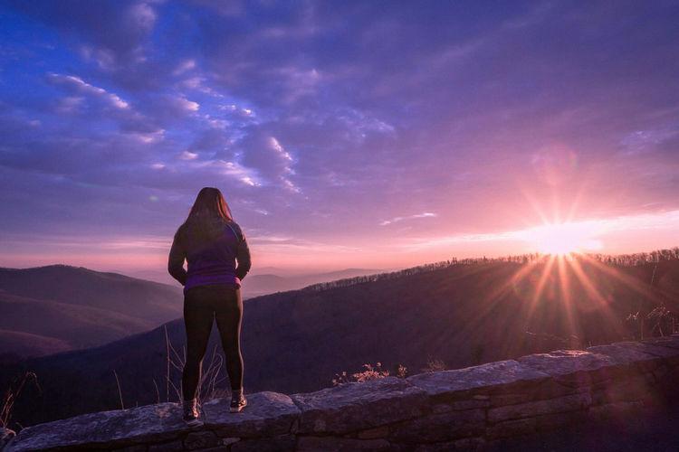 Sunstar EyeEm Best Shots Hiking One Person Outdoors Nature Sunset Mountain Shenandoah National Park Sunstar Sunrise Landscape This Week On Eyeem Fragility LifeOfaPhotographer Winter Sky