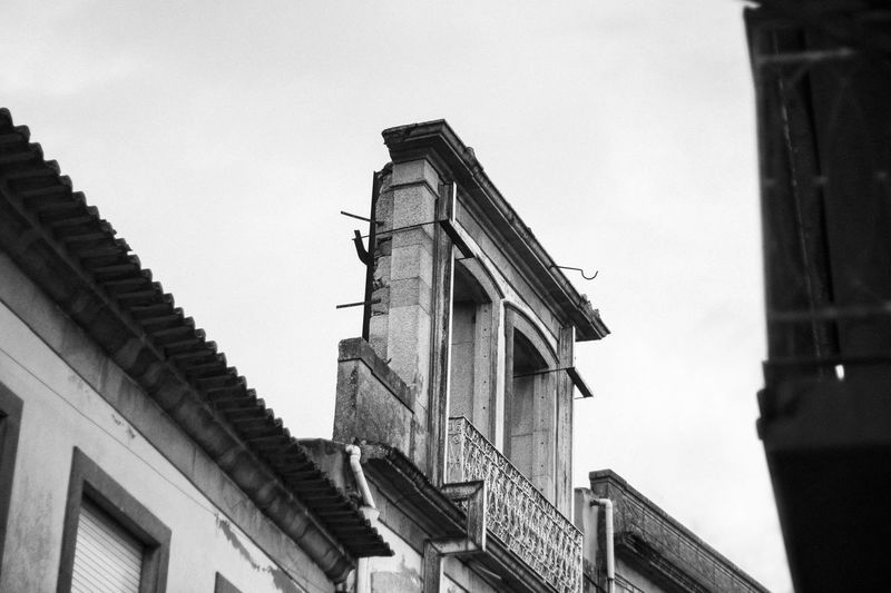 50mm Beautiful Blackandwhite City Day EyeEmNewHere Firstpicture Grainy Nopeople Architecture Outdoors Streetphotography in Vila Do Conde