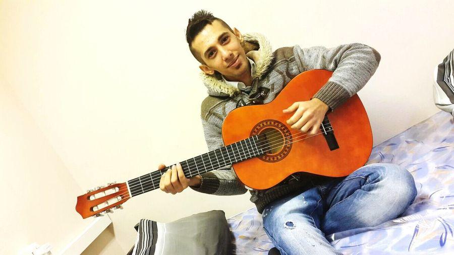 I played in Gitar First Eyeem Photo
