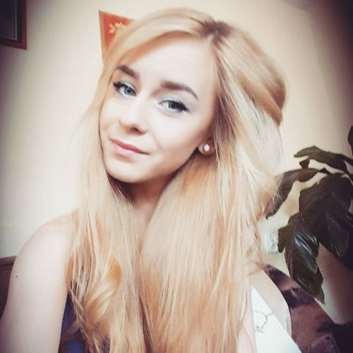 That's Me Beautiful Hair The Most Beautiful Popular Photo Blondgirl Today's Hot Look Beaing Pretty ... Self Portrait