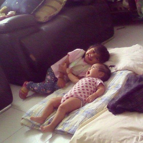 Sabadin con estas princesas♥ Love Dream Sabadin Yeah ellas princesas lasamito preciosas babys