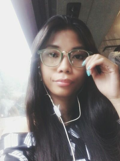 Hi! That's Me Wearing Glasses Simple Beauty Smart Simplicity Cute Simply Beautiful Pretty Let's Do It Chic! Dimples