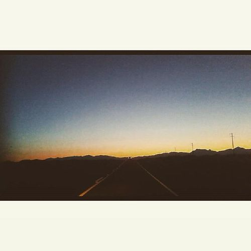 The sun goes down...!! 📷🌄 Travel Viaje Sanrafael -malargue Landofpeace Whenthesungoesdown Articmonkeys Relaxday