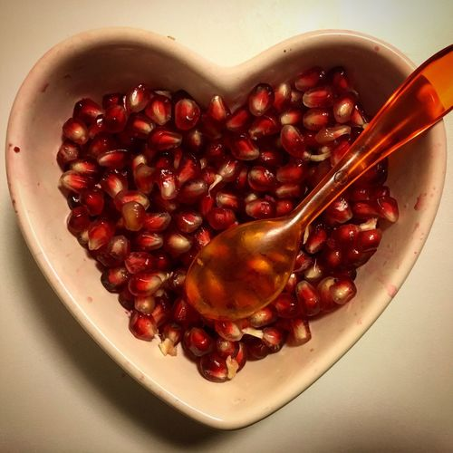 Red Fruit Cherry Food And Drink Food Freshness Pomegranate Seed Pomegranate Indoors  No People Bowl Healthy Eating Close-up Seed Day Red Melagrana  Melograno Fruits Fruitart Lovefruit