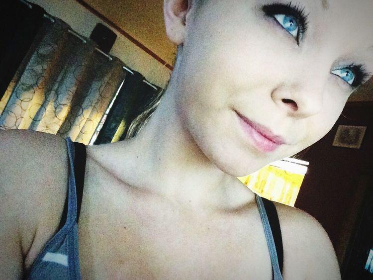 Lyric  Selfie✌ Makeup ♥ Blue Eyes