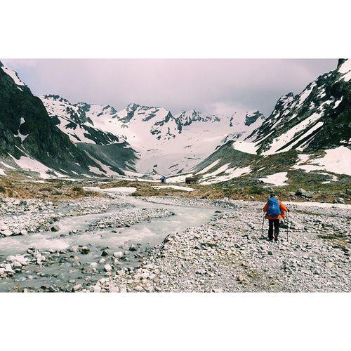 Elbrus KBR Alpinism Track Traveling Sky Mountains Meteotologist Houses River Snow 2800 Adyl -suu